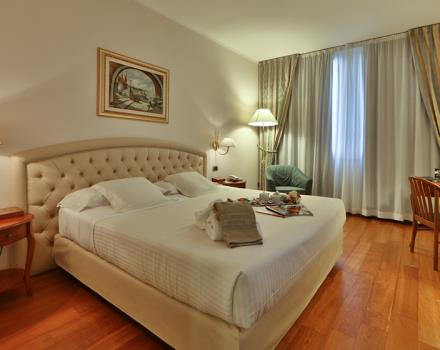 rooms at Best Western hotel Globus City Forlì, choose your camera, Wi-Fi throughout the hotel and Wellness Centre available to guests. Internal restaurant