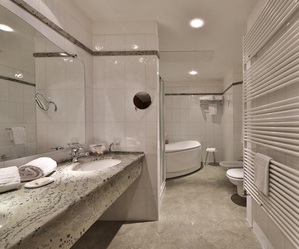 Suite Best Western Hotel Globus City 4 stelle superior a Forlì