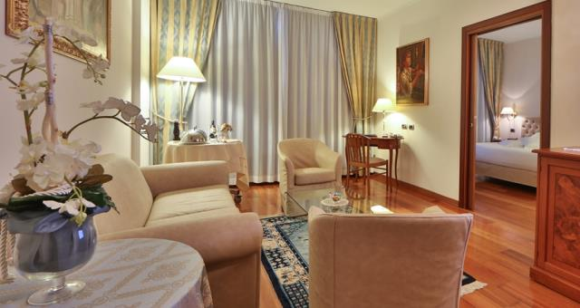 Exclusive and elegant living room, Best Western Hotel Globus City Forlì