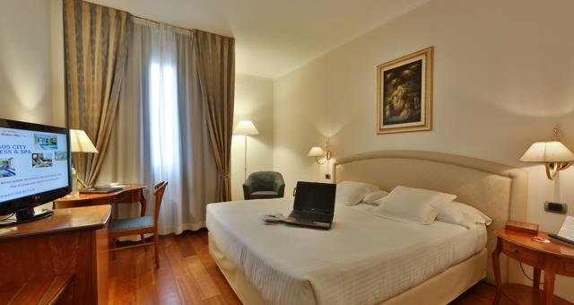 Choose your room at the Best Western Hotel Globus City Forlì, classic rooms, superior rooms, suites